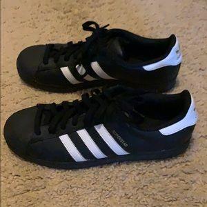 Men's superstar adidas shoes black size 12